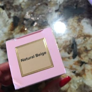 Too Faced Makeup - Born this way foundation